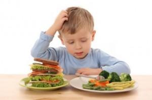 dijete jede
