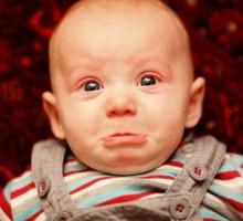 Zašto beba plače? Pusti je da plače!