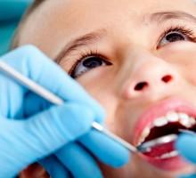 Koliko često treba voditi djecu na kontrolu kod stomatologa?