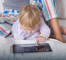 Djeca kasnije progovaraju zbog upotrebe pametnih telefona i tableta od najranijeg uzrasta?
